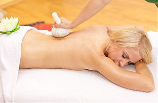Kruterstempel Massage