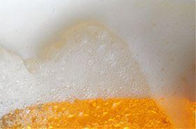 Bier-Schwimmbad