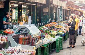 Genusstour �ber den Wiener Naschmarkt