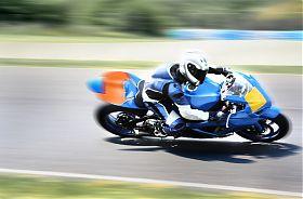 Motorrad fahren Rennstrecke