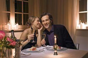 candle light dinner 82 mal bei jollydays finde deins. Black Bedroom Furniture Sets. Home Design Ideas