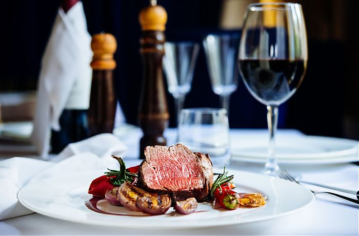 Romantisches Dinner für 2 | 5 köstliche Gänge Steirer